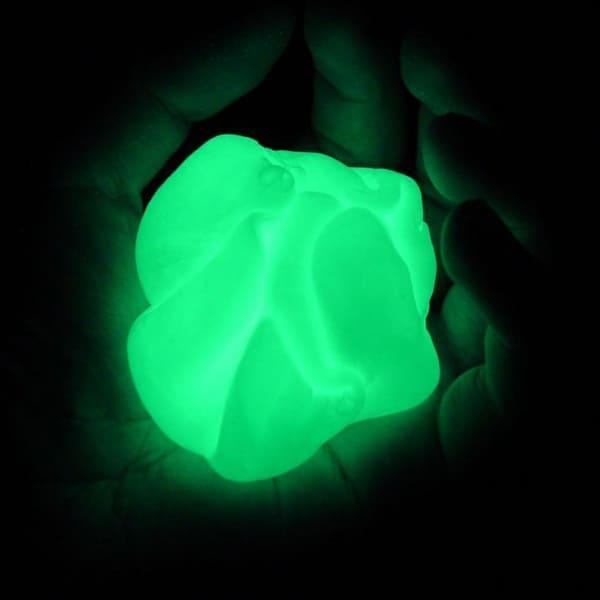 plastilina que cambia de color según la temperatura y brillan en la oscuridad