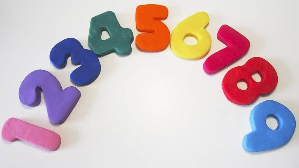 la plastilina ayuda a contar y a sumar a los niños